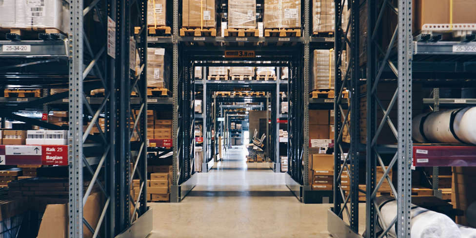 Retailers-are-embracing-fulfillment-hubs